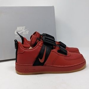 NEW AIR FORCE ONE 1 UTILITY BRICK RED LOW